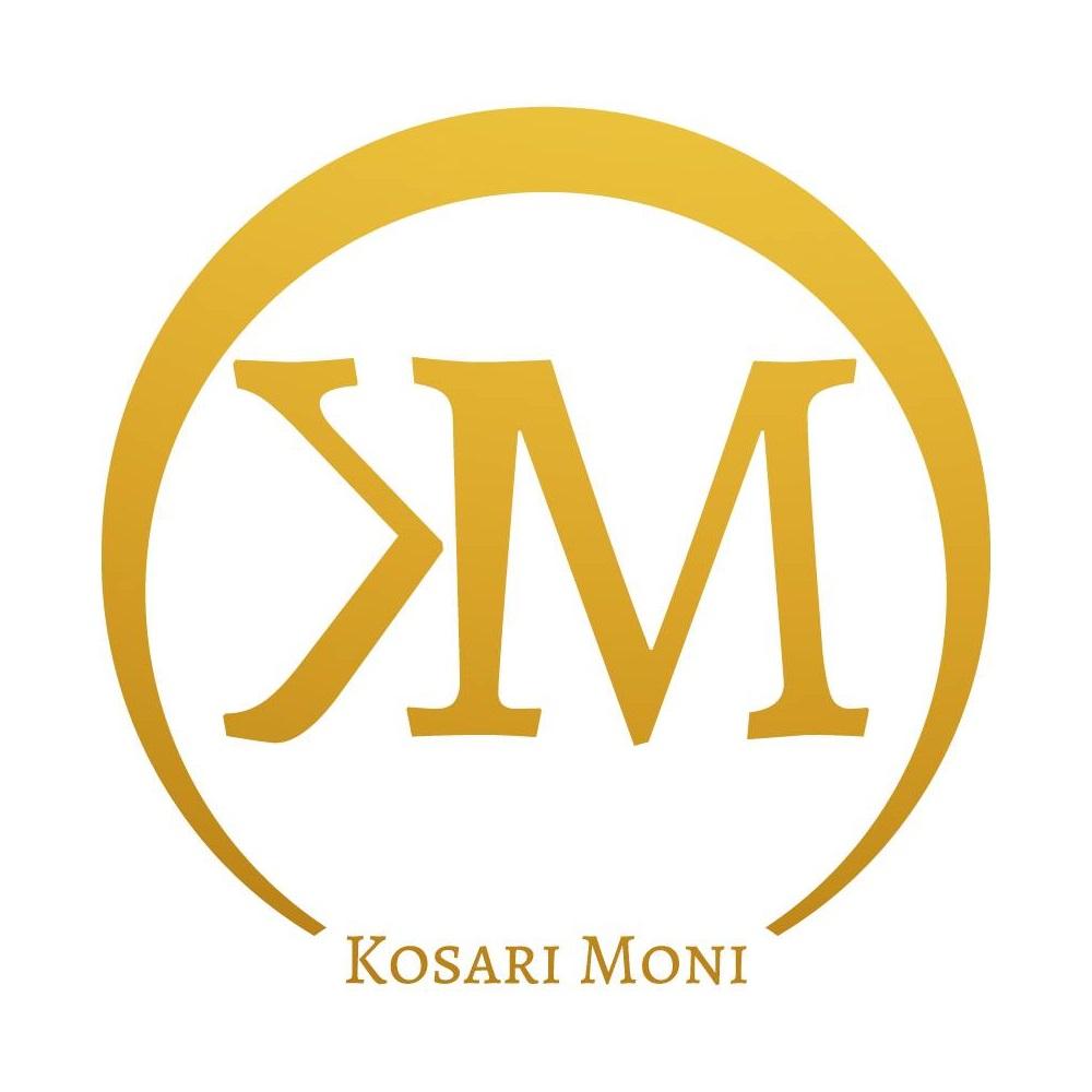 Kosári Móni – családállító, párkapcsolati coach, önismereti és motivációs tréner,oktató
